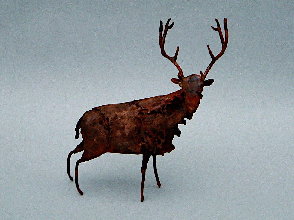 reindeer sculpture