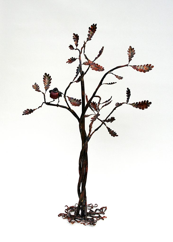 tree sculpture with Robin