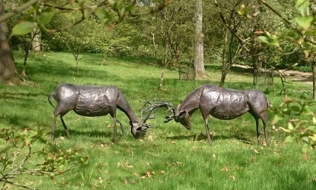 stags in rut sculpture